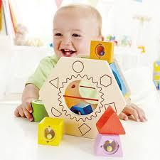 Занимайтесь развитием своего ребенка с раннего детства