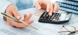 Как сэкономить на услугах штатного бухгалтера